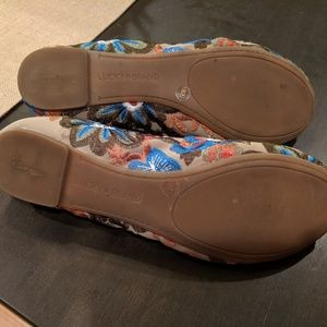 Lucky Brand Shoes - Lucky Brand Emmie floral flats with show organizer